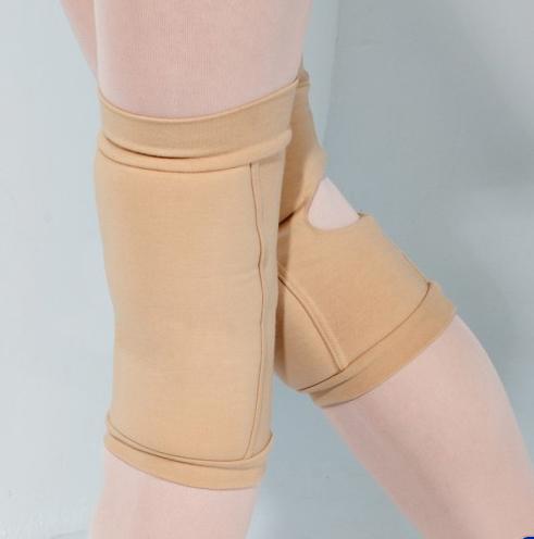 knee pads nude